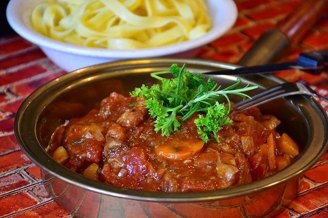 Krok za krokem: rajče, paprika a cuketa jako základ pod maso